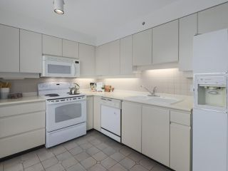 "Photo 7: 504 2108 W 38TH Avenue in Vancouver: Kerrisdale Condo for sale in ""The Wilshire"" (Vancouver West)  : MLS®# R2400833"