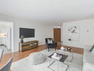 "Photo 2: 504 2108 W 38TH Avenue in Vancouver: Kerrisdale Condo for sale in ""The Wilshire"" (Vancouver West)  : MLS®# R2400833"