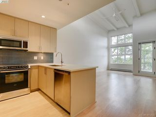 Photo 9: 404 3912 Carey Rd in VICTORIA: SW Tillicum Condo Apartment for sale (Saanich West)  : MLS®# 824610