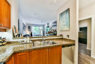"""Photo 4: 103 675 PARK Crescent in New Westminster: GlenBrooke North Condo for sale in """"The Winchester"""" : MLS®# R2409743"""