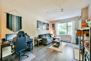 """Photo 5: 103 675 PARK Crescent in New Westminster: GlenBrooke North Condo for sale in """"The Winchester"""" : MLS®# R2409743"""