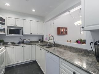 """Photo 10: 29 1560 PRINCE Street in Port Moody: College Park PM Townhouse for sale in """"SEASIDE RIDGE"""" : MLS®# R2428320"""