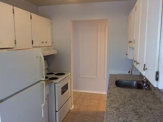 Photo 6: 301 5730 Riverbend Road in Edmonton: Zone 14 Condo for sale : MLS®# E4187055