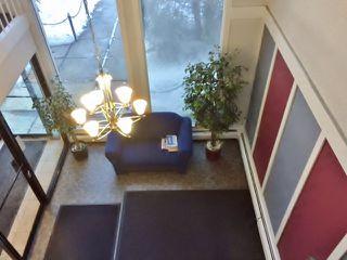 Photo 2: 301 5730 Riverbend Road in Edmonton: Zone 14 Condo for sale : MLS®# E4187055