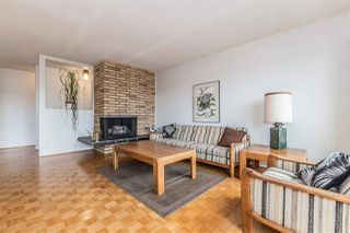 Photo 4: 655 FORESTHILL Place in Port Moody: North Shore Pt Moody House for sale : MLS®# R2443767