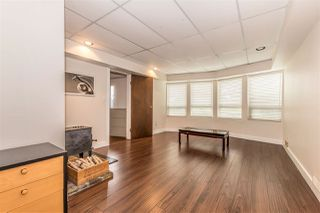 Photo 17: 655 FORESTHILL Place in Port Moody: North Shore Pt Moody House for sale : MLS®# R2443767