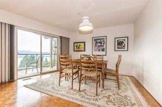 Photo 7: 655 FORESTHILL Place in Port Moody: North Shore Pt Moody House for sale : MLS®# R2443767
