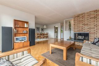 Photo 5: 655 FORESTHILL Place in Port Moody: North Shore Pt Moody House for sale : MLS®# R2443767
