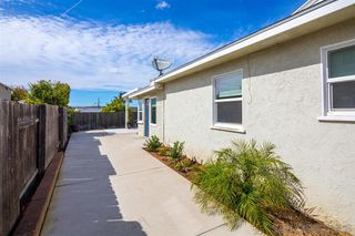 Photo 8: SAN DIEGO House for sale : 4 bedrooms : 6354 Estrella Ave