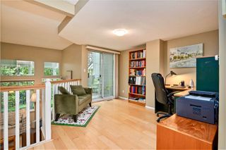 "Photo 5: 257 WATERLEIGH Drive in Vancouver: Marpole Townhouse for sale in ""SPRINGS AT LANGARA"" (Vancouver West)  : MLS®# R2457587"