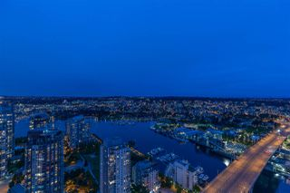 "Photo 26: 5001 1480 HOWE Street in Vancouver: Yaletown Condo for sale in ""VANCOUVER HOUSE"" (Vancouver West)  : MLS®# R2460586"