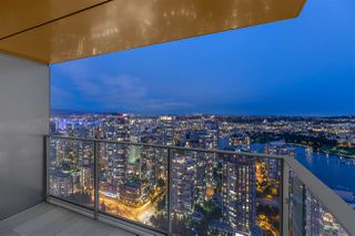 "Photo 23: 5001 1480 HOWE Street in Vancouver: Yaletown Condo for sale in ""VANCOUVER HOUSE"" (Vancouver West)  : MLS®# R2460586"