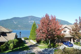 Photo 2: 14 Beach Drive in Furry Creek: Townhouse for sale : MLS®# 2311872