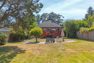 Photo 28: 2260 Central Ave in Oak Bay: OB South Oak Bay Single Family Detached for sale : MLS®# 844975