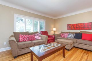 Photo 4: 2260 Central Ave in Oak Bay: OB South Oak Bay House for sale : MLS®# 844975