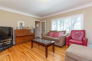 Photo 6: 2260 Central Ave in Oak Bay: OB South Oak Bay Single Family Detached for sale : MLS®# 844975