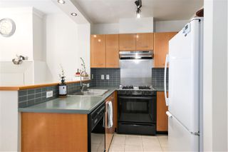 "Photo 11: 412 2268 REDBUD Lane in Vancouver: Kitsilano Condo for sale in ""Ansonia"" (Vancouver West)  : MLS®# R2493116"