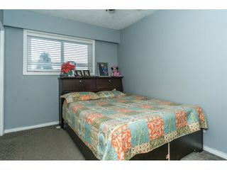 Photo 12: 2141 SHERWOOD Crescent in Abbotsford: Abbotsford West House for sale : MLS®# R2511327