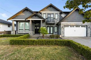 """Main Photo: 6270 NAPIER Street in Burnaby: Parkcrest House for sale in """"SOUTHERN EXPOSURE BACK YARD GARDEN"""" (Burnaby North)  : MLS®# R2521934"""