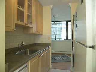 Photo 4: 1403 1740 COMOX ST in Vancouver: West End VW Condo for sale (Vancouver West)  : MLS®# V596138