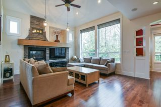 Photo 2: 14491 59A AVENUE in Surrey: Sullivan Station House for sale : MLS®# R2359380