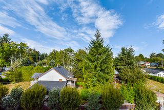 "Photo 27: 409 13678 GROSVENOR Road in Surrey: Bolivar Heights Condo for sale in ""Balance"" (North Surrey)  : MLS®# R2401973"
