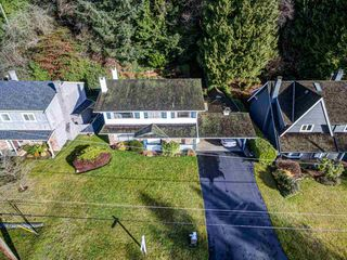 Photo 18: 4054 RUBY Avenue in North Vancouver: Edgemont House for sale : MLS®# R2429119