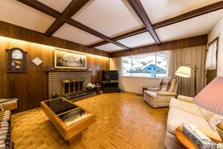 Photo 5: 4054 RUBY Avenue in North Vancouver: Edgemont House for sale : MLS®# R2429119