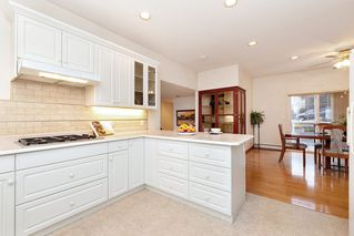 "Photo 11: 8221 NECHAKO Drive in Delta: Nordel House for sale in ""Nordel"" (N. Delta)  : MLS®# R2448598"