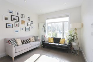 Photo 7: 2195 E PENDER Street in Vancouver: Hastings House for sale (Vancouver East)  : MLS®# R2463830
