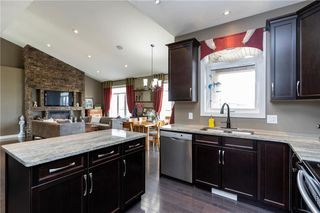 Photo 8: 50 Claremont Drive in Niverville: Fifth Avenue Estates Residential for sale (R07)  : MLS®# 202013767