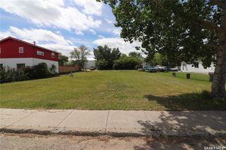 Photo 2: 525 Atlantic Avenue in Kerrobert: Commercial for sale : MLS®# SK817611