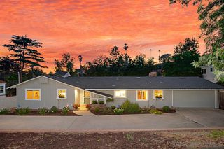 Main Photo: MOUNT HELIX House for sale : 3 bedrooms : 4520 Taft Ave in La Mesa