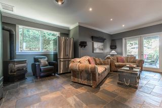 """Photo 16: 2303 COVE Place in Surrey: Crescent Bch Ocean Pk. House for sale in """"Harbour Greene"""" (South Surrey White Rock)  : MLS®# R2388822"""