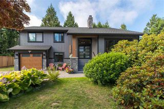 """Photo 1: 2303 COVE Place in Surrey: Crescent Bch Ocean Pk. House for sale in """"Harbour Greene"""" (South Surrey White Rock)  : MLS®# R2388822"""