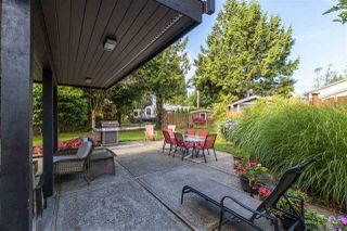 """Photo 15: 2303 COVE Place in Surrey: Crescent Bch Ocean Pk. House for sale in """"Harbour Greene"""" (South Surrey White Rock)  : MLS®# R2388822"""
