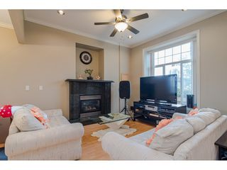 Photo 5: 380 STRATFORD Avenue in Burnaby: Capitol Hill BN House 1/2 Duplex for sale (Burnaby North)  : MLS®# R2411548