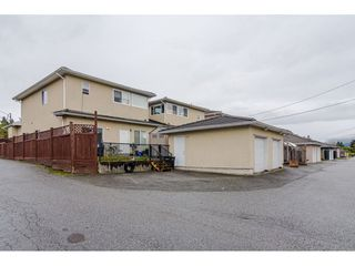 Photo 16: 380 STRATFORD Avenue in Burnaby: Capitol Hill BN House 1/2 Duplex for sale (Burnaby North)  : MLS®# R2411548