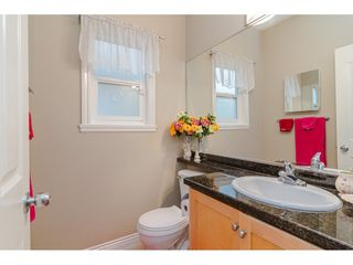 Photo 10: 380 STRATFORD Avenue in Burnaby: Capitol Hill BN House 1/2 Duplex for sale (Burnaby North)  : MLS®# R2411548