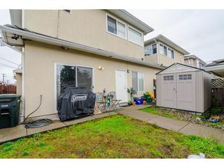 Photo 13: 380 STRATFORD Avenue in Burnaby: Capitol Hill BN House 1/2 Duplex for sale (Burnaby North)  : MLS®# R2411548