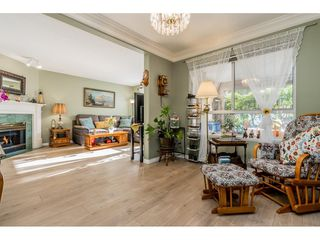 """Photo 5: 149 15550 26 Avenue in Surrey: King George Corridor Townhouse for sale in """"SUNNYSIDE GATE"""" (South Surrey White Rock)  : MLS®# R2460226"""
