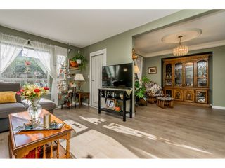 """Photo 2: 149 15550 26 Avenue in Surrey: King George Corridor Townhouse for sale in """"SUNNYSIDE GATE"""" (South Surrey White Rock)  : MLS®# R2460226"""
