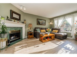 """Photo 3: 149 15550 26 Avenue in Surrey: King George Corridor Townhouse for sale in """"SUNNYSIDE GATE"""" (South Surrey White Rock)  : MLS®# R2460226"""