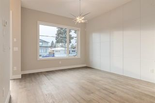 Photo 12: 4348 72 Street NW in Calgary: Bowness Semi Detached for sale : MLS®# C4302539