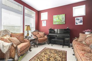 """Photo 2: 19547 THORBURN Way in Pitt Meadows: South Meadows House for sale in """"RIVERS EDGE"""" : MLS®# R2492738"""