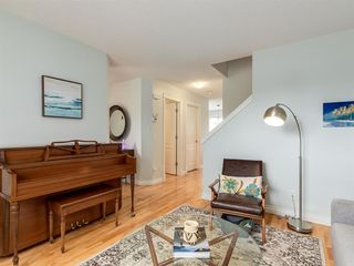 Photo 4: 927 WENTWORTH Rise SW in Calgary: West Springs Semi Detached for sale : MLS®# A1031221