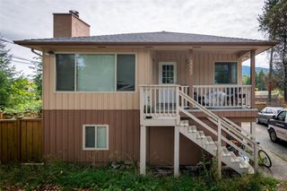 Photo 1: 2223 Rosstown Rd in : Na Diver Lake House for sale (Nanaimo)  : MLS®# 860258