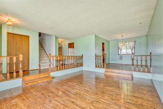 Photo 3: 2216 112 Street in Edmonton: Zone 16 House for sale : MLS®# E4169957