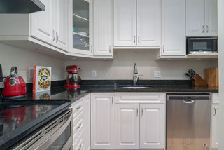 Photo 4: 103 1045 W 8TH Avenue in Vancouver: Fairview VW Condo for sale (Vancouver West)  : MLS®# R2404739