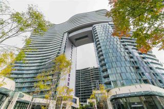 "Main Photo: 1101 89 NELSON Street in Vancouver: Yaletown Condo for sale in ""THE ARC"" (Vancouver West)  : MLS®# R2410303"